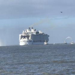 Le Symphony of The Seas quite l'Estuaire 24/03/2018