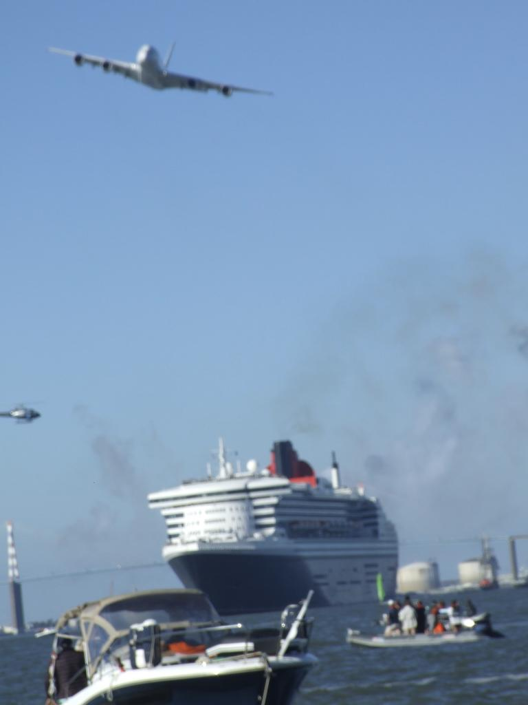 Le Queen Mary et l'Airbus