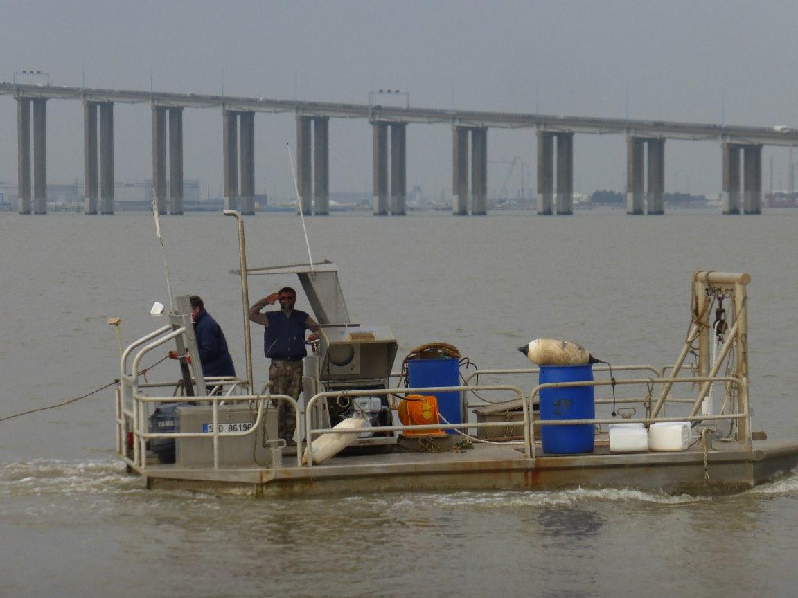 Mise à l'eau de la barge 2016